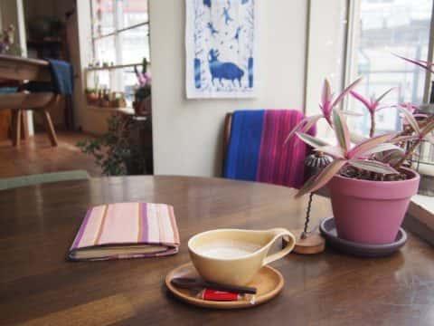 【cafe Stay Happy】旅先で出会うように、つながれるカフェ