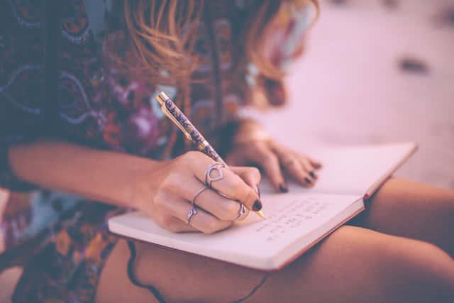 理想の男性を紙に書くことがもたらす3つのメリットとは?
