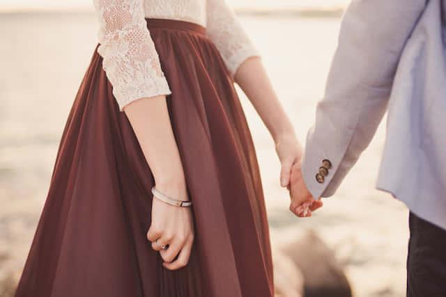 アラサー女性が結婚に焦る理由…原因は◯◯依存にあった!?