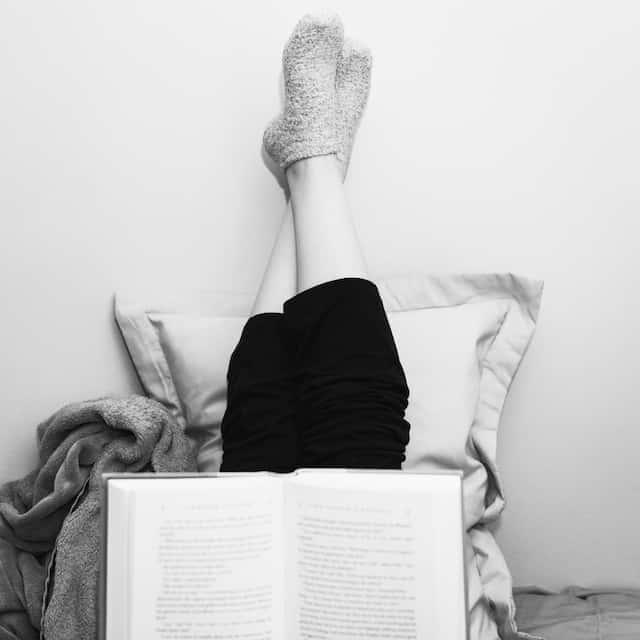 恋をしたいなら本を読め。秋の夜長に手に取りたい女子力をUPさせる3冊の本