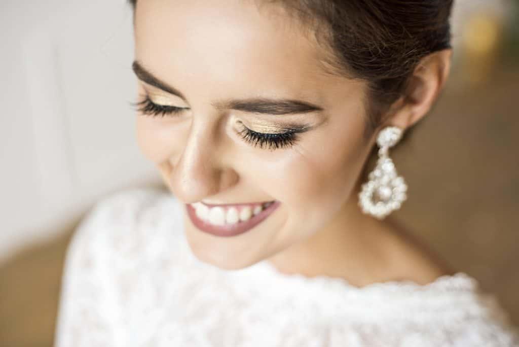 【結婚式】歯のホワイトニングは花嫁の常識!サロン選びのポイントや値段は?